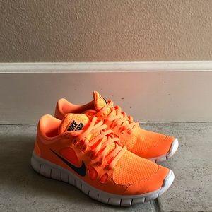 Nike Free 5.0 Orange & White Size 5Y